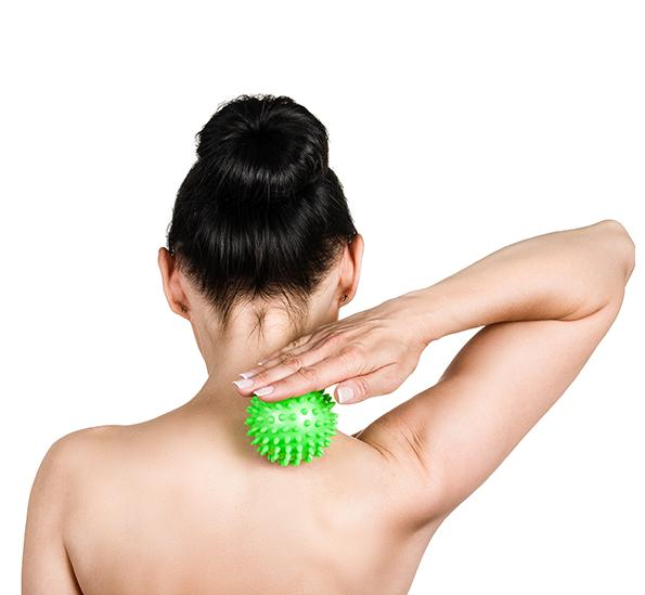 QMED MASSAGE BALL Piłeczka rehabilitacyjna z kolcami